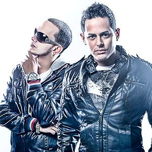 ayer latin singles In 2004 angel y khriz signed with mvp records and toured extensively throughout south and central america the success of their debut recording, los mvp's, garnered the attention and an eventual distribution with universal's machete music, a label targeting the ever-growing urban latino audience.